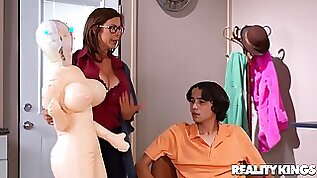 Inflated Sex Drive nerdy brunette stepmom Alexis Fawx fucked by younger boy Ricky Spanish