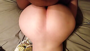 Giving it to this pawg