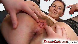 Grandma Linda pussy spreading close ups and dildo fucking