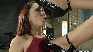 Tranny anal fucks client in shoe shop