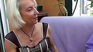 La Cochonne French Mature Gets Her Ass Pounded