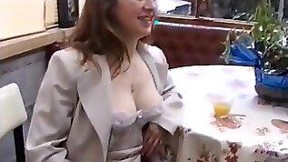 Jai bais?la maigrichonne et sa copine rondelette dans leurs chattes super poilues leurs culs. Gode ceinture l?de sperme tout y est pass?