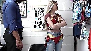 Muscular guy fucks small blonde shoplifter Delilah Day