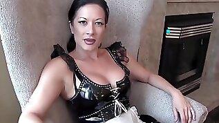 Mistress jasmine beats her slave