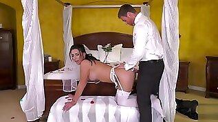 Bride Chanel Santini