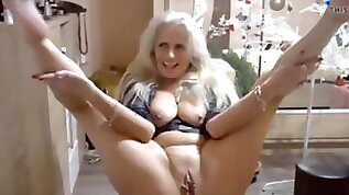 The best hottest mature woman in front of camera seen