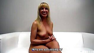 Amateur webcam Porn Lady Eva Takes Penis At The Casting