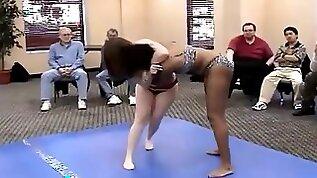 Thick girls wrestle catfight