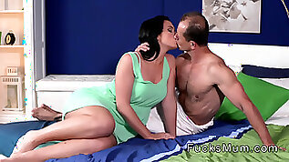 Beautiful milf masturbates with big ass fucked in bed
