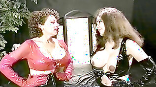 Enormous jugs Catfight