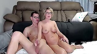 Drug a hotgirl into fucking with toy