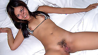 TrikePatrol Gaping Hairy Axe Wound Pussy Pounded